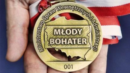 "Medal ""Młody Bohater"""