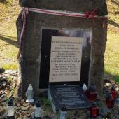 Pomnik w Kostiuchnówce