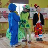 Zdjęcie występujących dzieci - fot. CKD