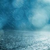 Ulewny deszcz - fot. pixabay.com (domena publiczna)