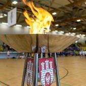 Ogień olimpijski w zgierskiej hali MOSiR